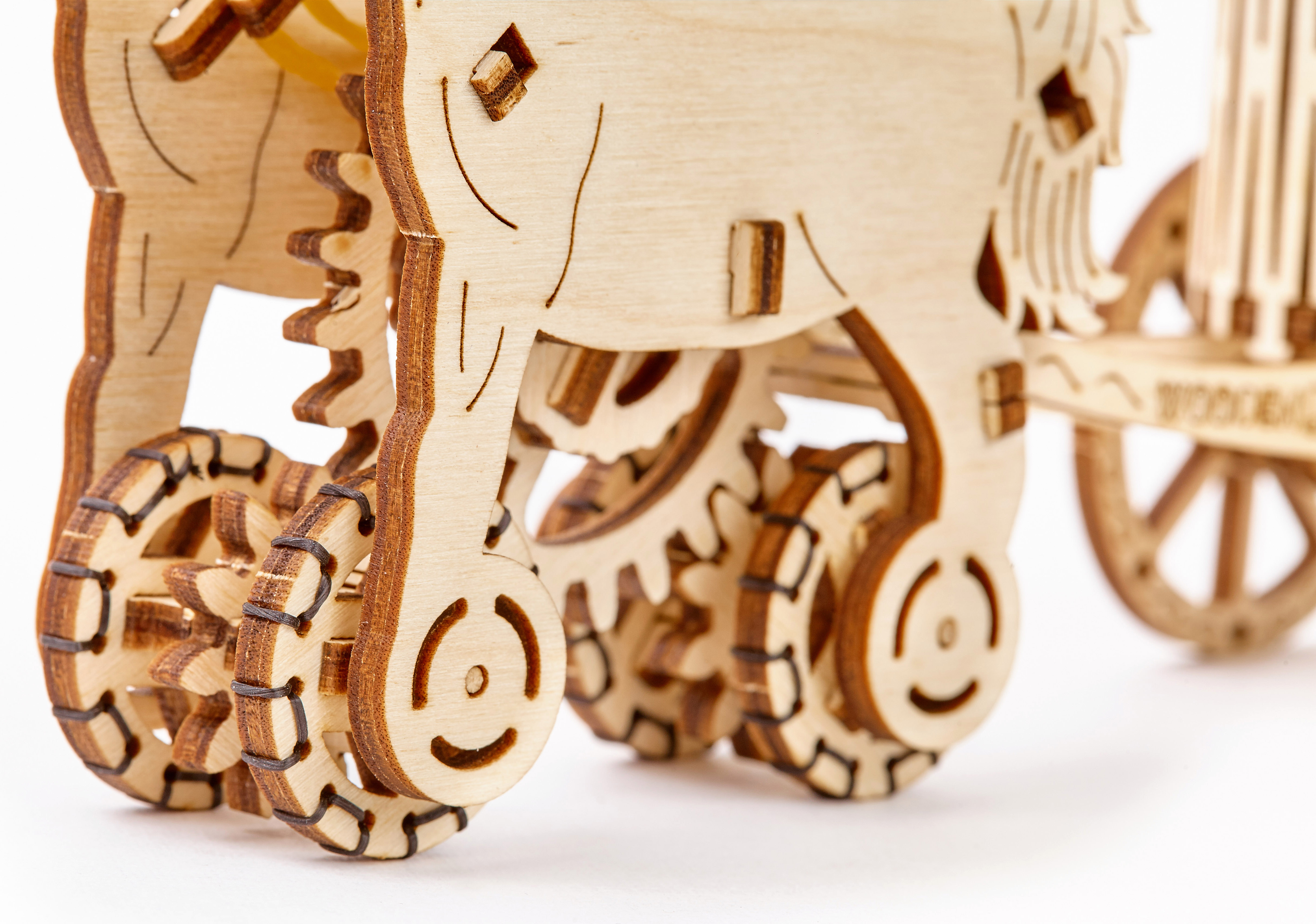 how to build a wooden chariot